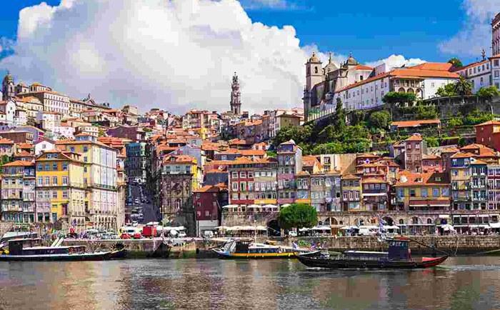 2020年葡萄牙移民條件:移民續簽和入籍有什么要求