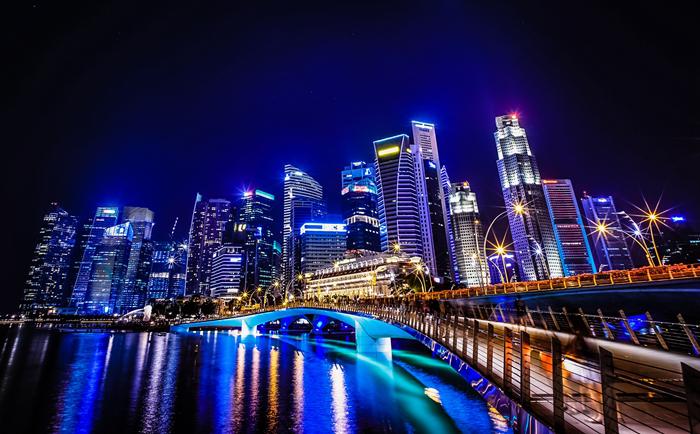 新加坡的这些福利待遇,正在吸引大批移民