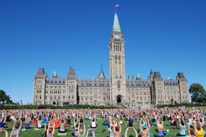加拿大留学移民五年来飙升近七成!更多人选择留学移民