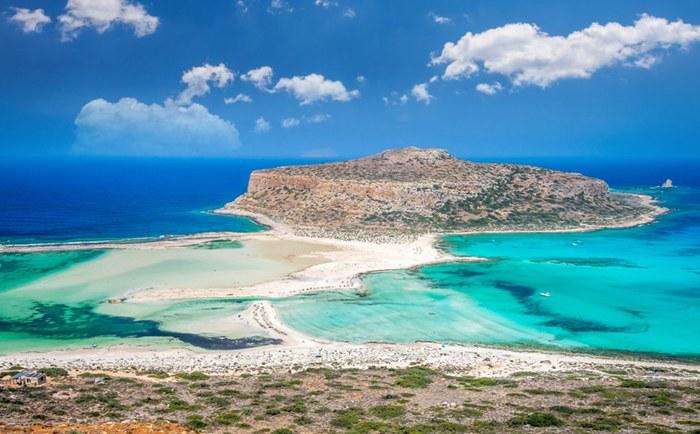 投资者涌入希腊抄底希腊房产,巨大投资风口该如何行动?