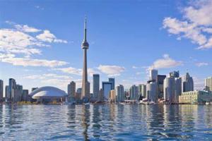 移民比留学更划算?为何还有大批人士选择留学加拿大?