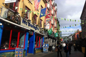 爱尔兰成为网红移民国家!半年内签发50万本护照!