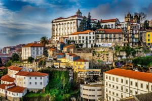 葡萄牙靠旅游业半年多挣15亿欧元,葡萄牙房产投资正当时!