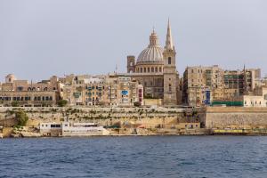 互联网时代很多职业正在消失,马耳他就业却释放新的活力