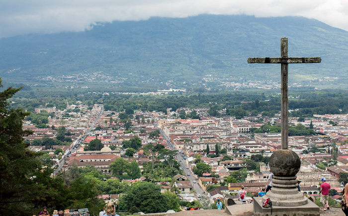 安提瓜风景迷人海滩众多,护照可免抵147个目的地