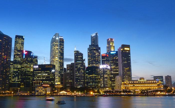 新加坡预期寿命最长,生活环境最安全
