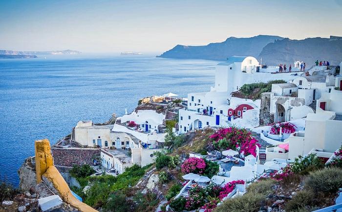 外来移民无法在希腊工作,移民希腊后靠什么获得收入?