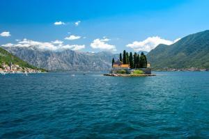 如何移民到黑山?黑山的移民政策宽松吗?