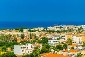 21岁后保留希腊永居身份有如下几种方法