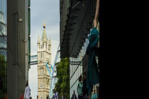 英国和澳洲留学哪个更适合?适合回国发展的专业